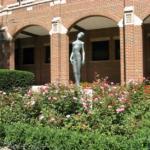 eths_senior_courtyard