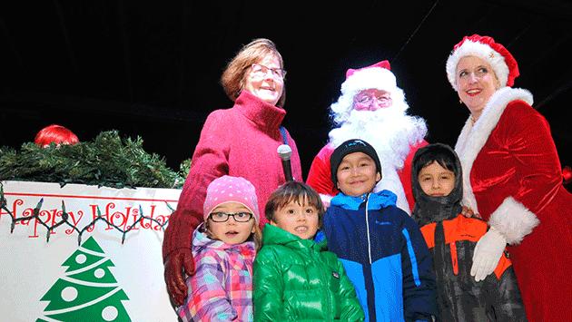 tree-lighting-2014-mayor-santa