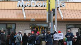 minimum-wage-hike-protest-img_9074-160501