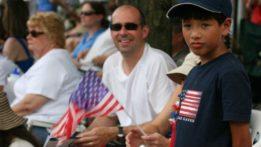 parade-2011-img_8314-spectators