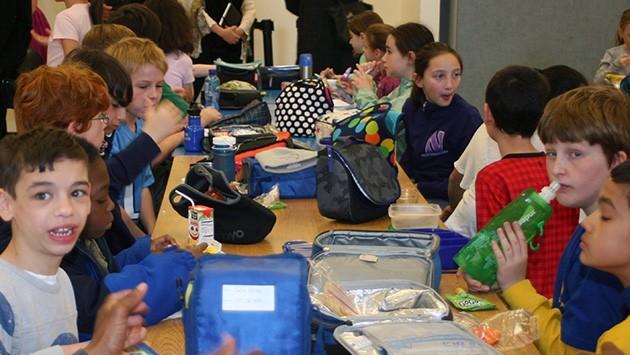 school-lunch-dewey-2013-kids-at-tableimg_9720