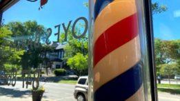 noyes-barber-shop-looking-out-window-202006-img_1118-jasper-davidoff